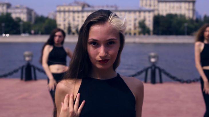 LadyStyle, Vogue, Kira Dance, Marie Madeleine – swimming pool