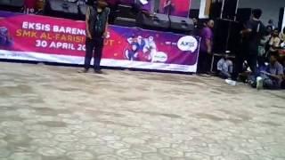 Smk Alfarisi – break dance vs dougie