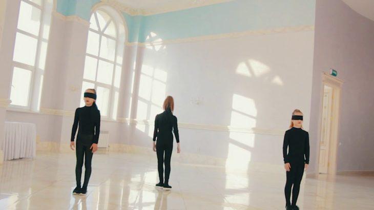 Vogue dance.  Armscontrol