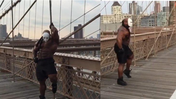Kai Greene dancing and flexing on the Brooklyn bridge | funny public reaction 😮