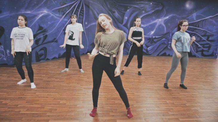 Family Dance – Vogue. Мастер-класс 3. Laura 007(Настя) | Танцы Оренбург
