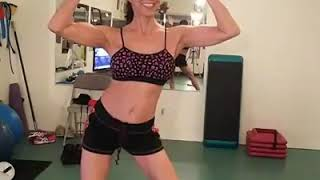 Glamma dancing, posing, flexing