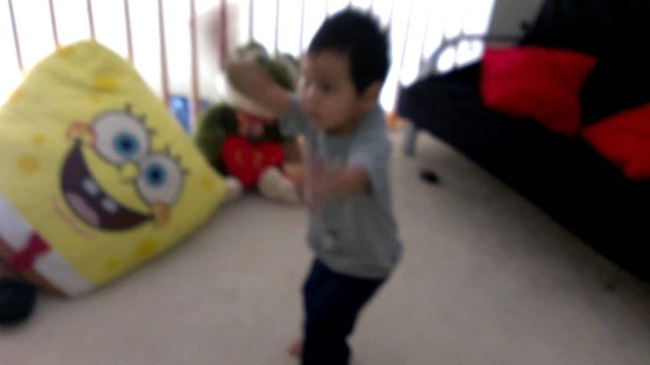 2 year old k pop poppin and break dance